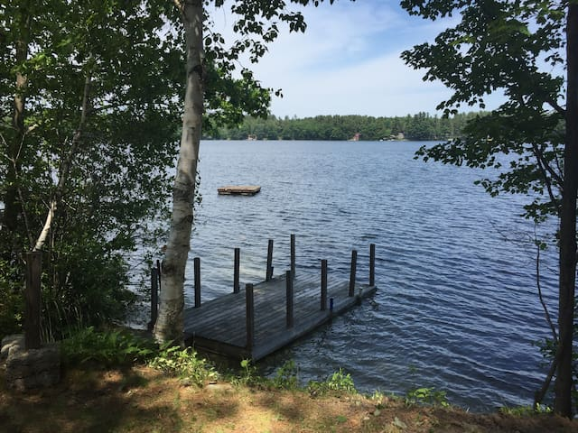 Lakefront Cottage - Standish - Hus
