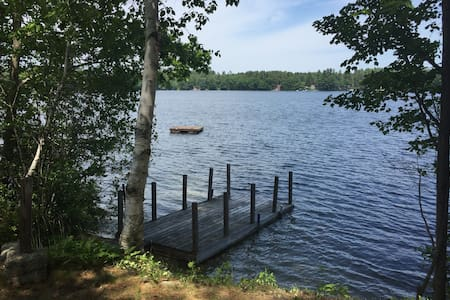 Lakefront Cottage - Standish