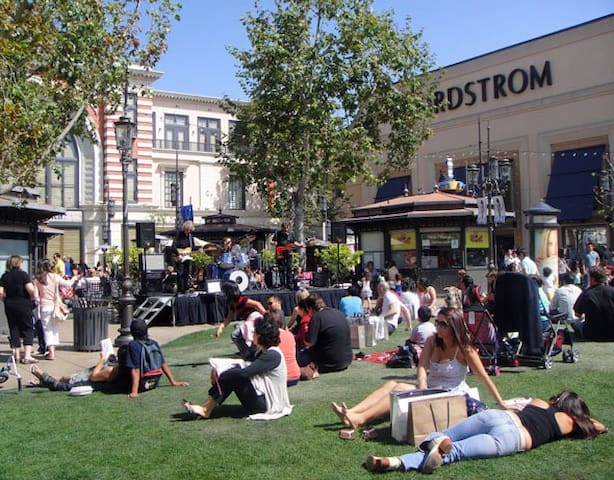 Nordstrom : shopping