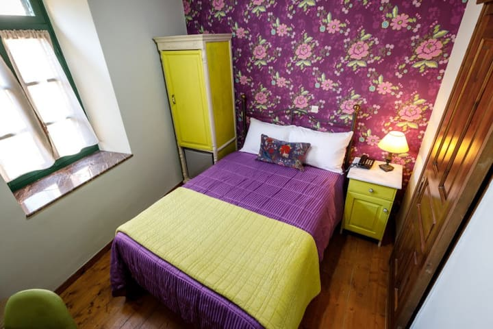 Small and Cozy Standard Single Hotel Room