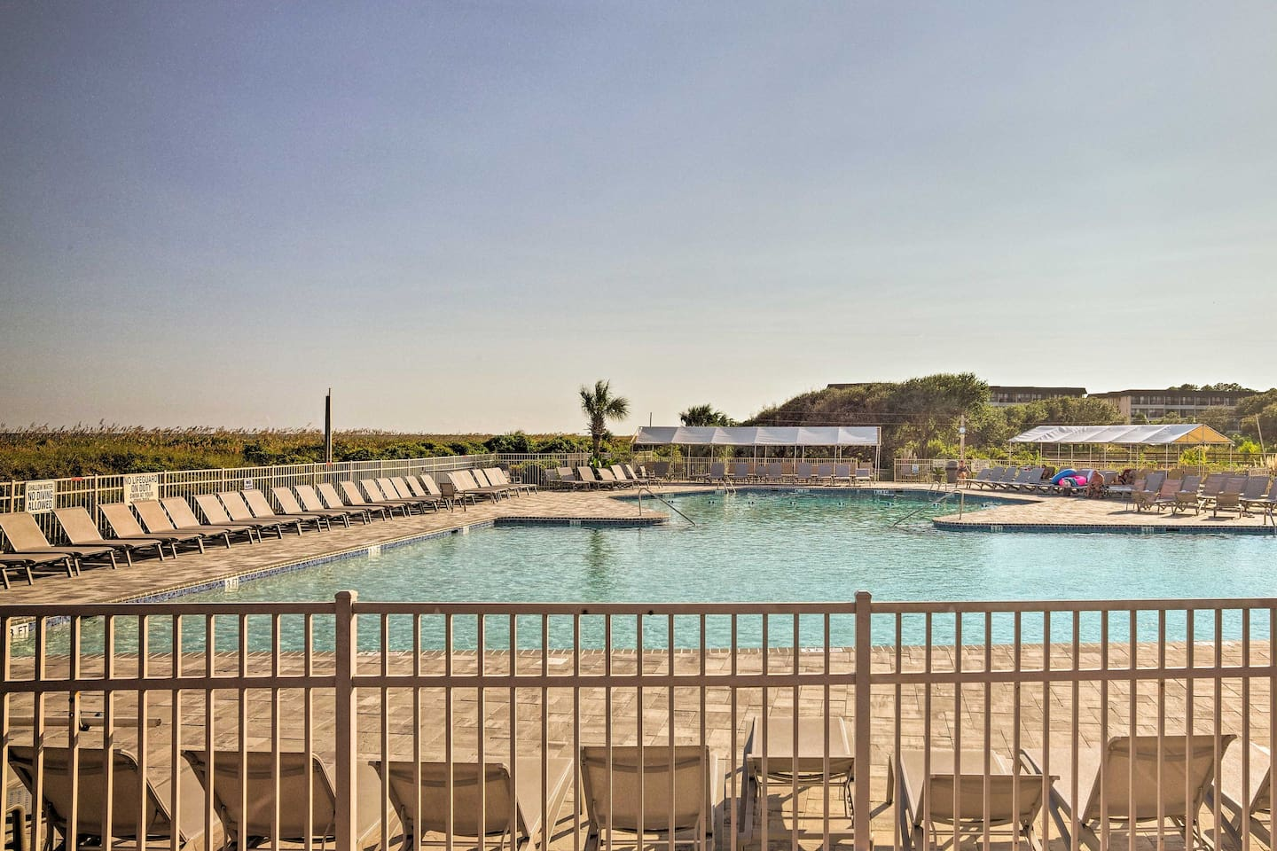 Let relaxation wash over you at this Hilton Head Island vacation rental condo!