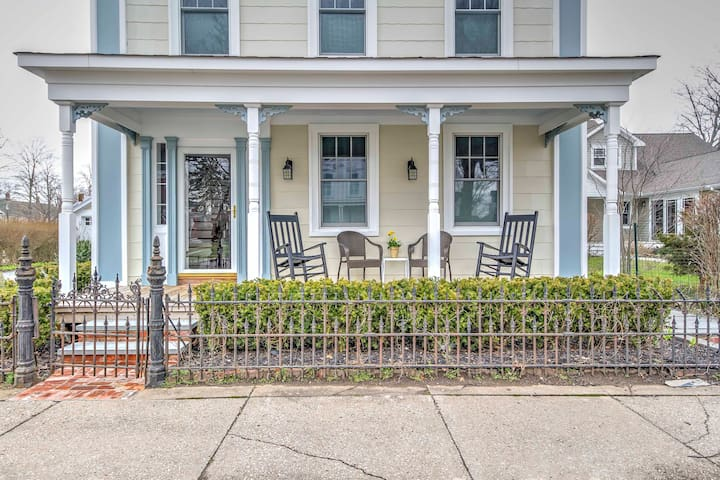 NEW! Greenport Studio Apt - Downtown Location!