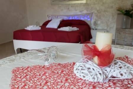 suite in resort con piscina e spa - Grottaglie - Bed & Breakfast