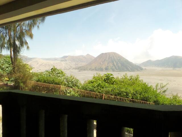 Bedroom for 4 person view direct to Mt. Bromo