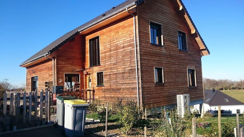 maison en bois atypique - Narcastet - House