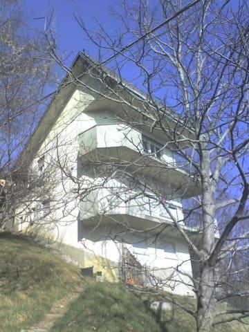 Casa vacanze e relax a Fuipiano valle Imagna - Fuipiano Valle Imagna - Apartment