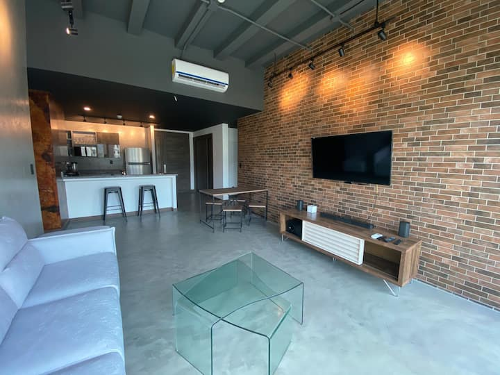 Luxury Apartment & Amenities in San Salvador