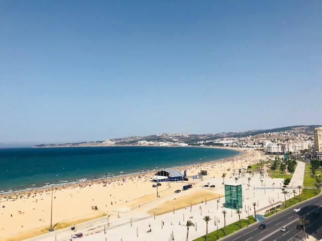Mediterranean sea view apartment in city center