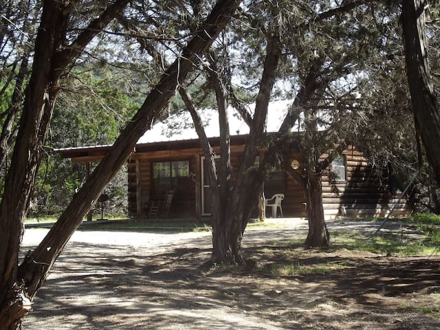 Frio Cabin at A Peace of Heaven