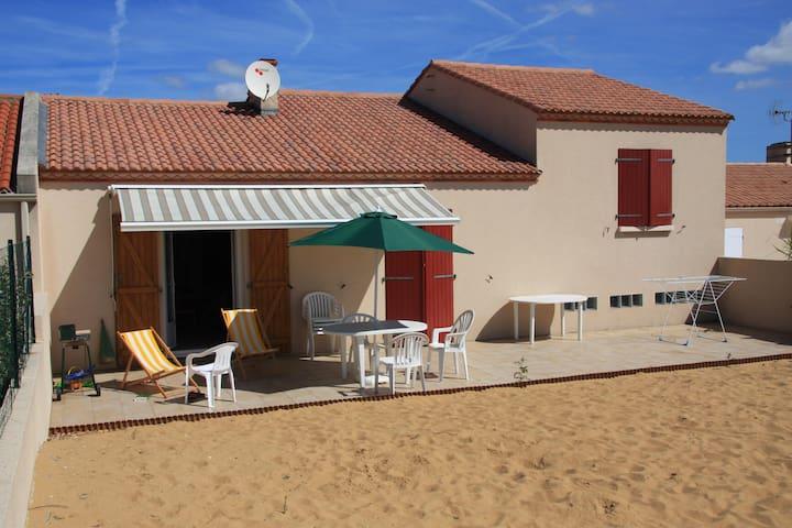 400 m de la plage, maison donnant sur une terrasse - Bretignolles-sur-Mer - House