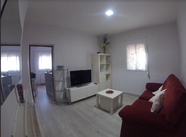 PISO / APARTAMENTO  BARAJAS -AEROPUERTO  MADRID - Madrid - Apartment