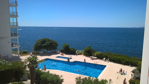 DELFINROSAS7  pool view + direct access to the sea