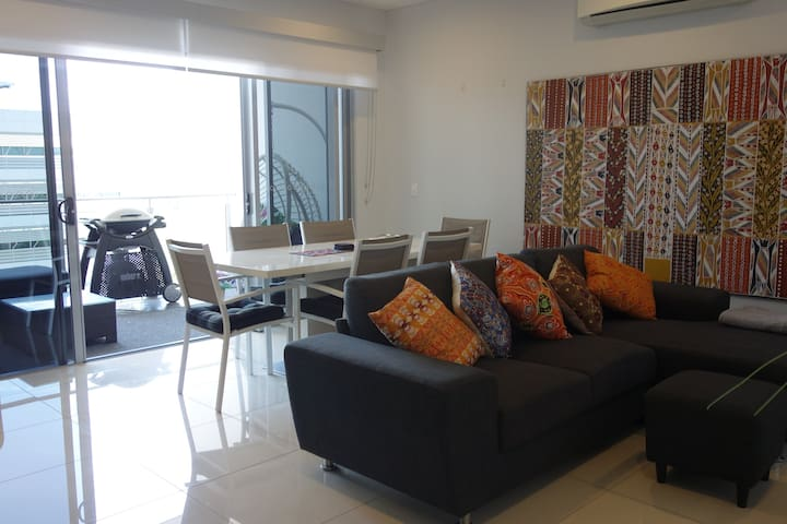 Modern Apartment in the heart of Darwin City