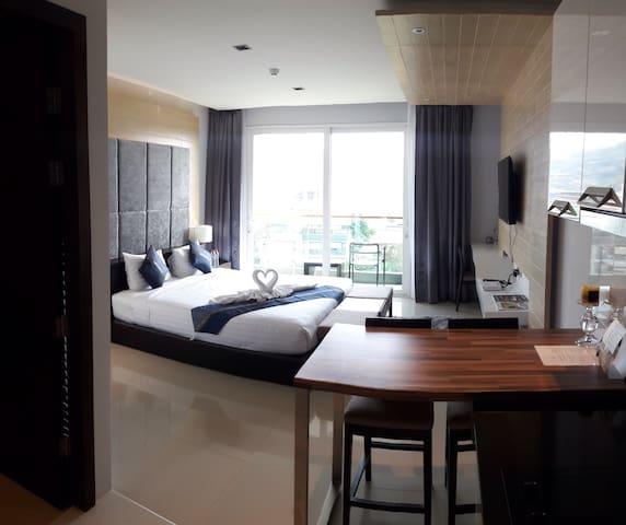 Studio vue mer dans résidence neuve - Pa Tong