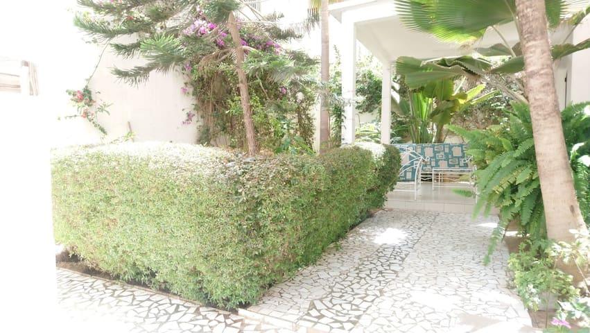 Private suit with balcony - La Casa Mama