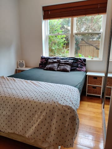 1 Bed - 1 Bath single room in Toorak, Melbourne