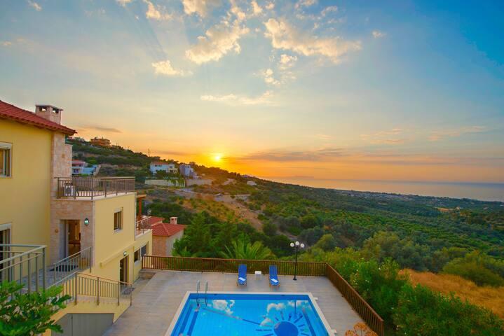 Villa Sun with private swimming pool