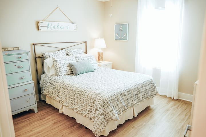 """""""The Lake Room"""": Spacious Junior Suite with Views of Carolina Lake and an En-Suite Full Bathroom."""