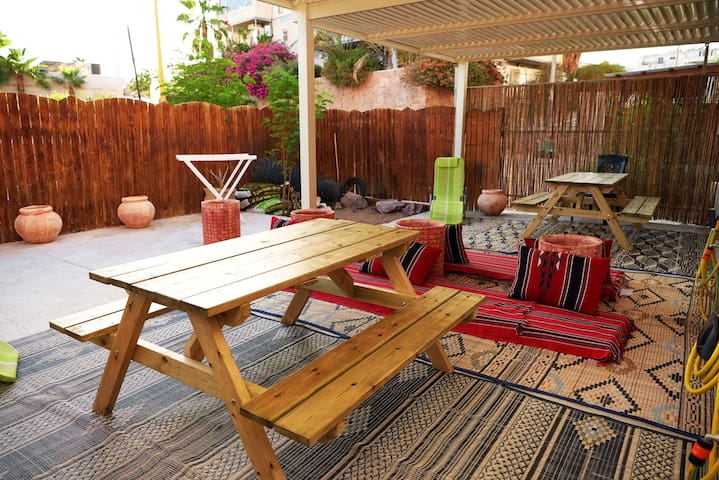 Family ground floor aprtmnt+private yard in Eilat