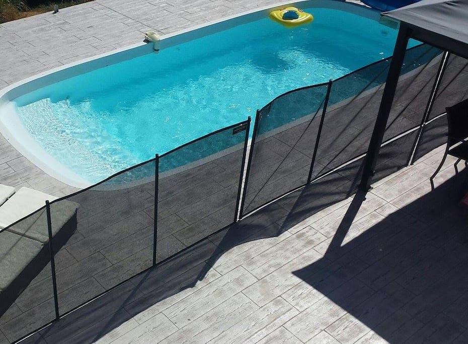 Villa narbonne avec piscine villas for rent in narbonne for Piscine narbonne
