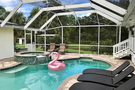 🌴 Peaceful Jupiter Oasis With Pool on 2.5 Acres 🌴