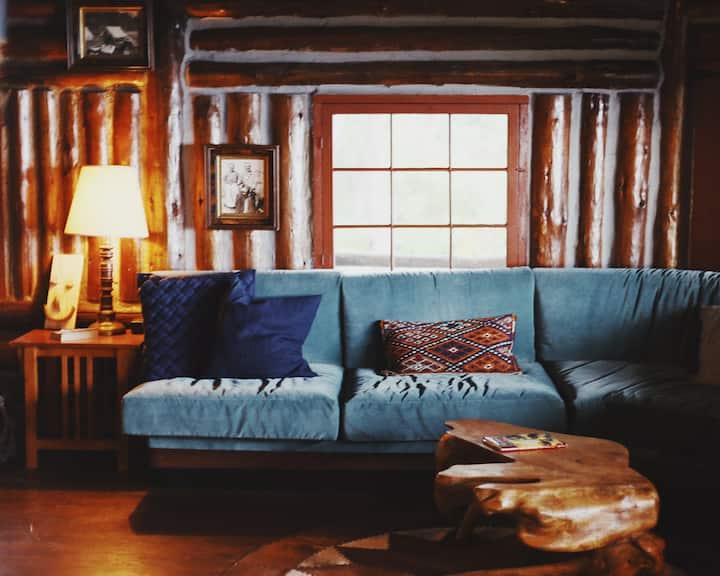 Cozy Camp Room