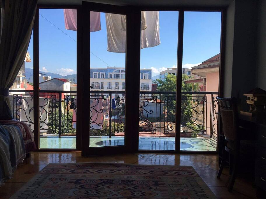 Вид из балкона спальни 3