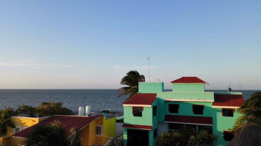 Luxurious Seaview Bungalow for 4 - Telchac Puerto - Apartment