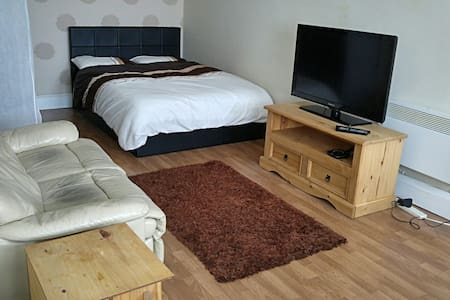 No1 Studio Apartment-Peacehaven - Telscombe Cliffs - Apartemen