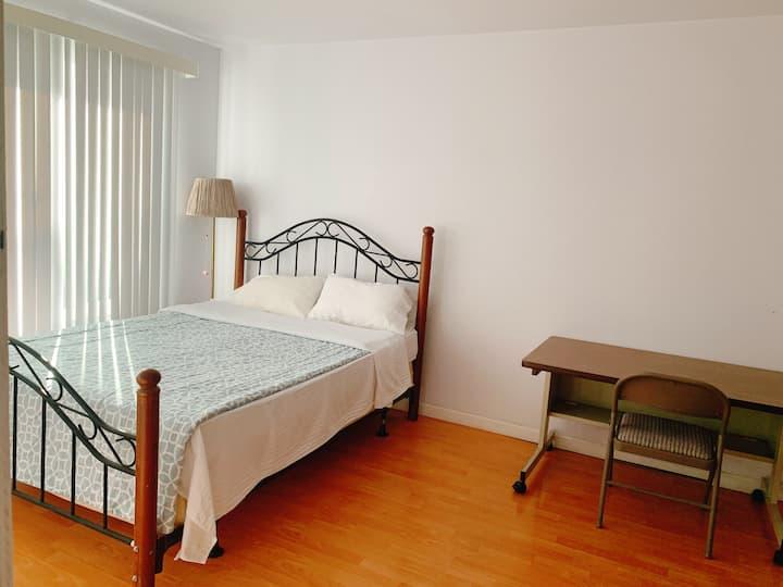 Bay area Fremont room,Partition room 东湾房源,近特斯拉
