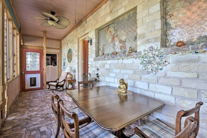 Enjoy breakfast, lunch, or dinner at the screened porch's dining table!