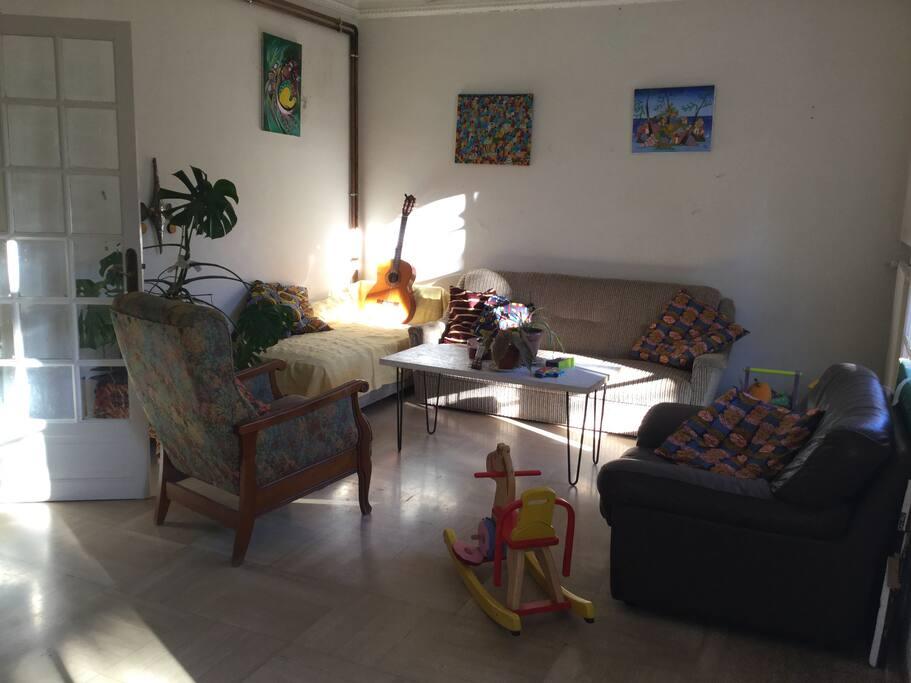 Jolie chambre dans maison avec jardin montpellier - Maison jardin condominium montpellier ...