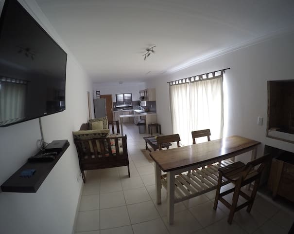 Spacious 1 Bedroom Apartment - Walvis Bay - Lakás