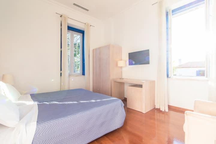 12 - Charming bedroom
