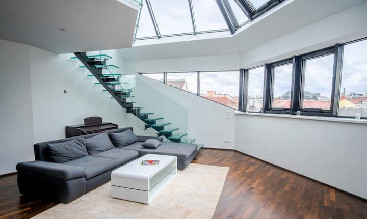MODERN PENTHOUSE near Centre and Naschmarkt