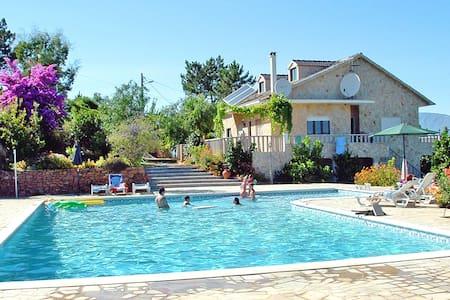 Villa de Rêve, Piscine XXL, Vues Panoramiques 360