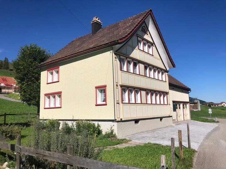 Zimmer Hoher Kasten (ab 3-8 Pers.)