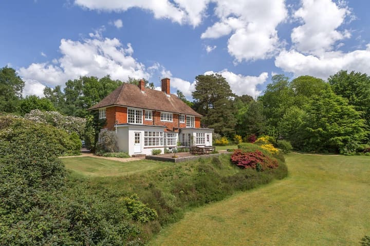 6 Bed Mansion -Stunning Countryside - Rogate - House