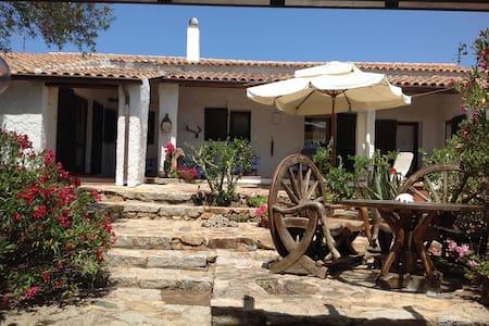 Antico stazzu Gallurese - Santa Teresa di Gallura - Inap sarapan