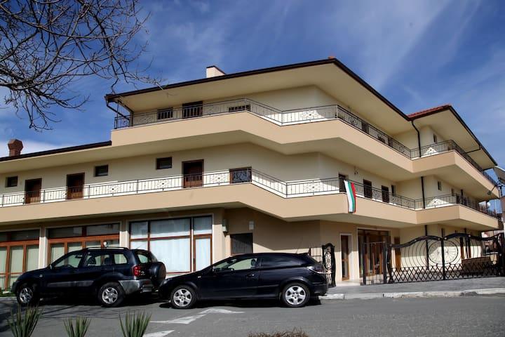 Ravda Bay  къща за гости - Равда - Casa