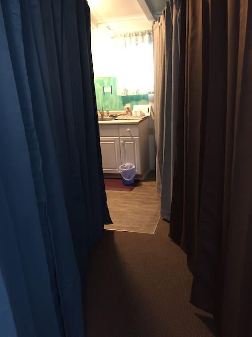 curtains room