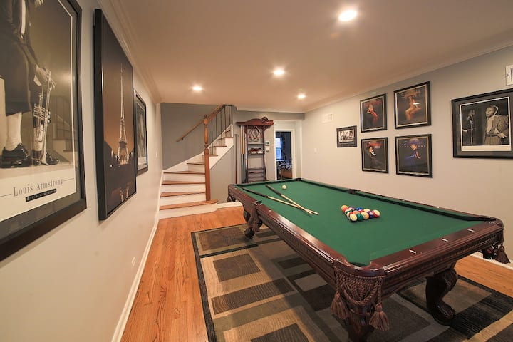 CHICAGO - 4 Bedroom House - Ideal for Groups!
