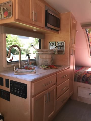 Cozy, well appointed Little Guy Max RV - NoDa