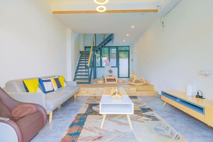 【梧桐】复式庭院套房,三房五床,在乡野间体验极致的民宿生活
