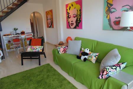 2 Bed Sunny Apartment, Bolnuevo Spain (sleeps 6)