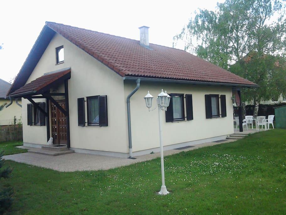 Haus von aussen