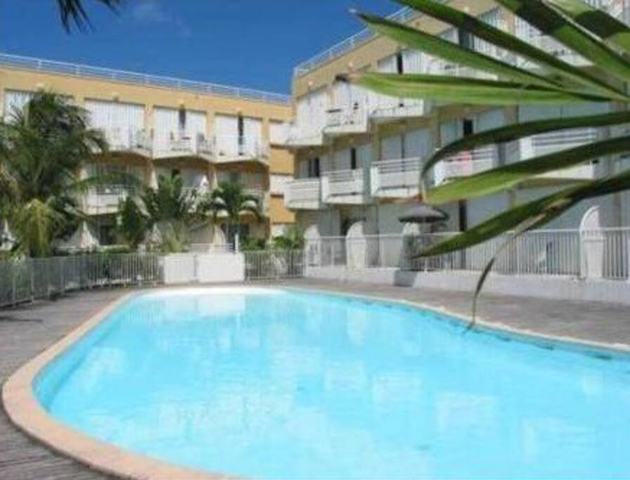 Stunning Beach Studio Apartment In St Maarteen Apartments For Rent In Marigot Collectivity