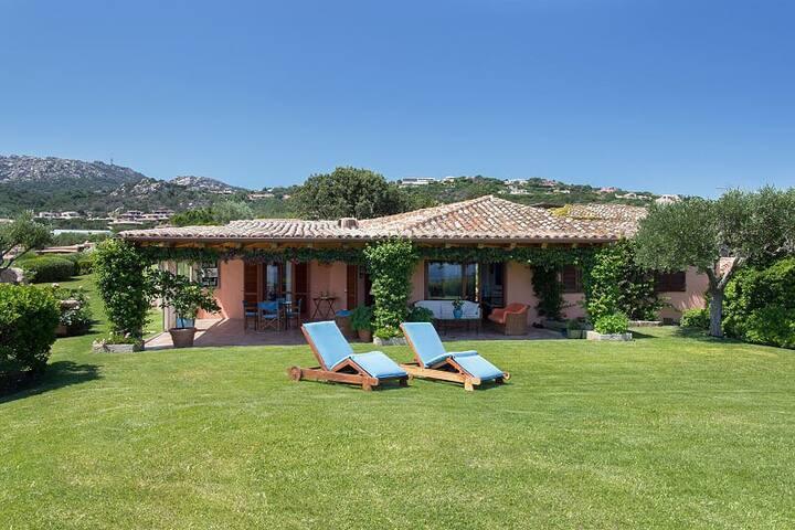 Villa Belvedere seaview on Cala di Volpe