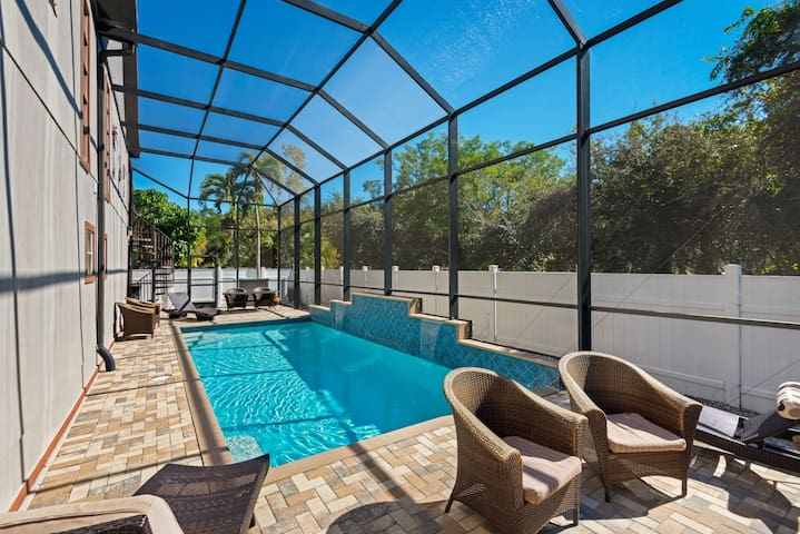 GORGEOUS APARTMENT WITH HEATED POOL IN THE HEART OF FMB
