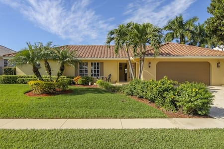 Great Waterfront byTigertail Beach - Marco Island - House